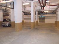 12DCU00115: parking 1