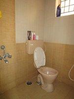 13S9U00371: Bathroom 3