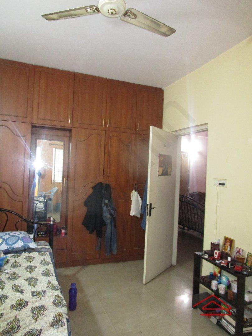 13S9U00371: Bedroom 1