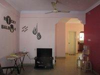 13S9U00371: Hall 1