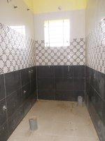 14J6U00190: bathrooms 2