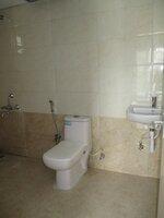 15S9U01215: Bathroom 2