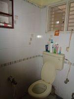 12A8U00256: Bathroom 1