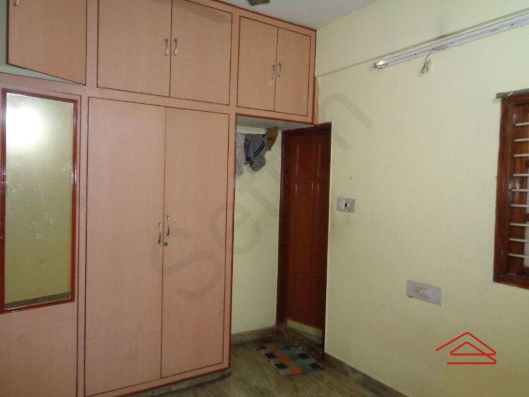 12A8U00256: Bedroom 1