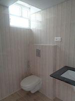 12OAU00166: Bathroom 3