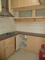 15S9U00712: Kitchen 1
