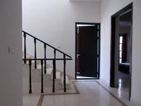 13M3U00139: Hall 2
