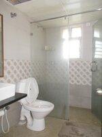 15M3U00166: Bathroom 1