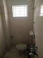 10NBU00443: Bathroom 2
