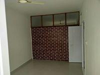 10NBU00443: Hall