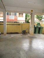 15S9U00925: parkings 1
