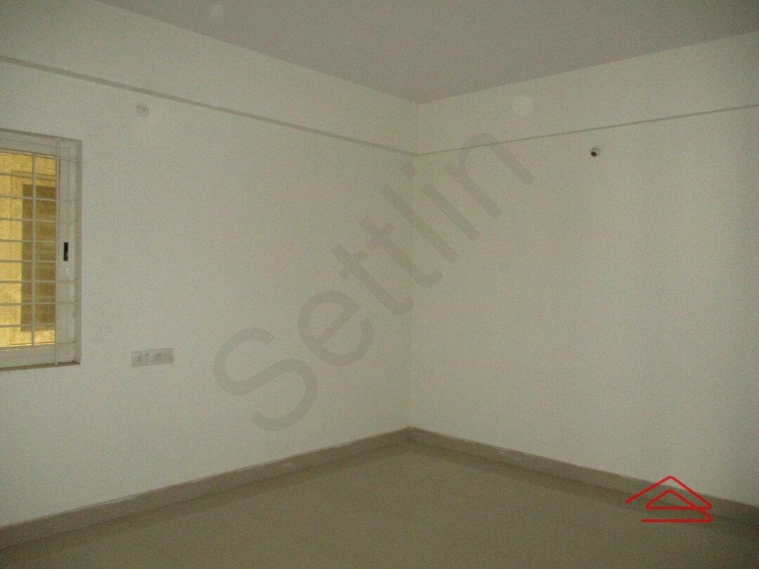 14S9U00171: Bedroom 1