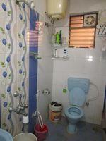 13M5U00739: Bathroom 2