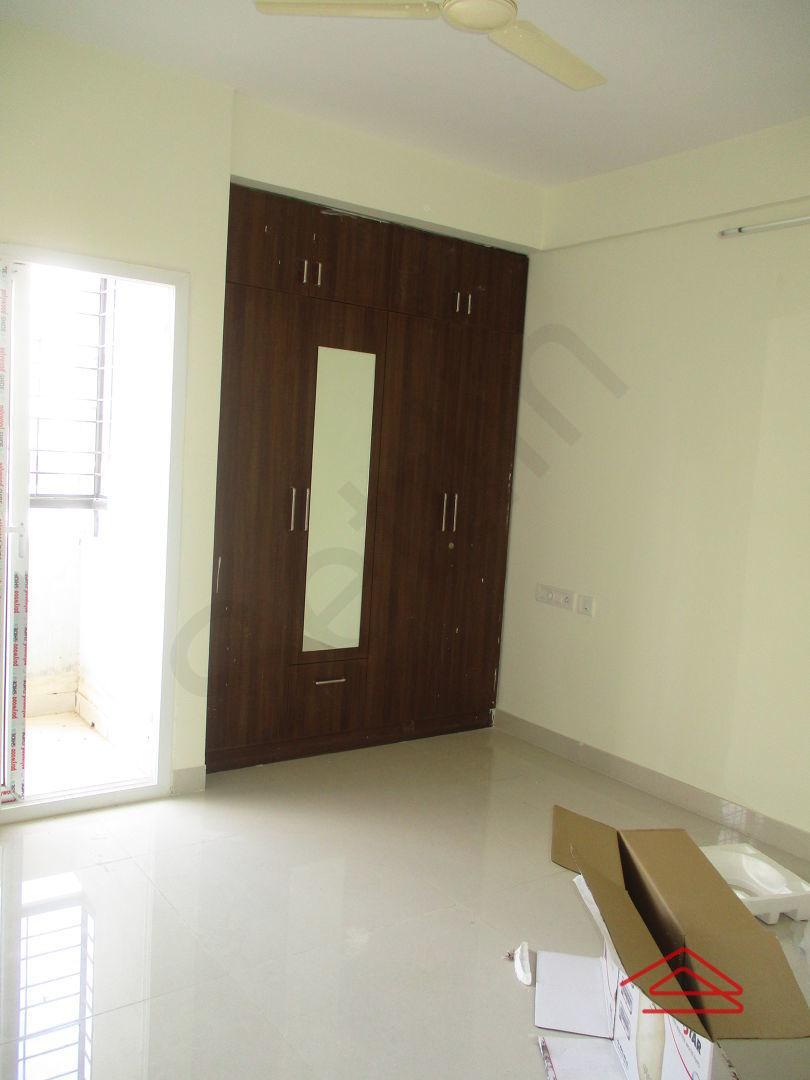 10A8U00221: Bedroom 1
