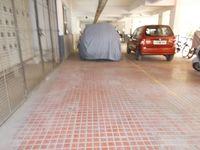 13J1U00207: parking 1