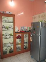 2: Kitchen 1