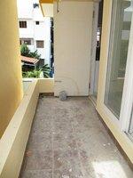 15S9U00325: Balcony 2