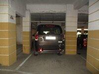 15J7U00075: parkings 2