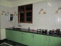 15S9U00963: Kitchen 1