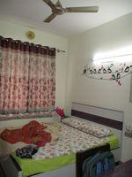 10J6U00512: Bedroom 2