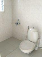 11F2U00211: Bathroom 3
