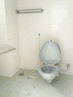 11F2U00211: Bathroom 2