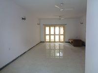 11F2U00211: Hall 1