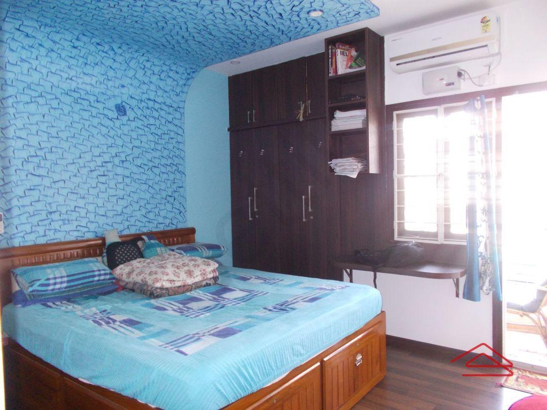 13M5U00226: Bedroom 1