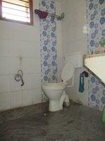 Sub Unit 15OAU00077: bathrooms 1