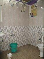 15A4U00204: Bathroom 1