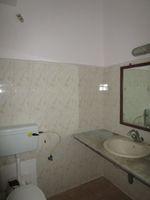 13M3U00398: Bathroom 1