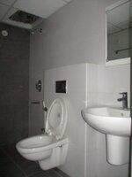 15A8U00625: Bathroom 2