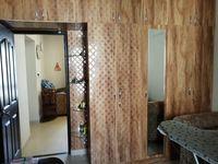 13M3U00106: Bedroom 2
