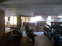 13M5U00018: parking 1