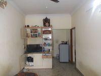 12DCU00322: Hall 1