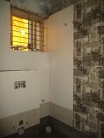 11A8U00327: Bathroom 3