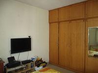 c1004: guest Bedroom