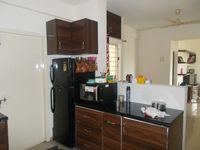 12J6U00077: Kitchen 1