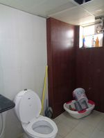 12DCU00220: Bathroom 2
