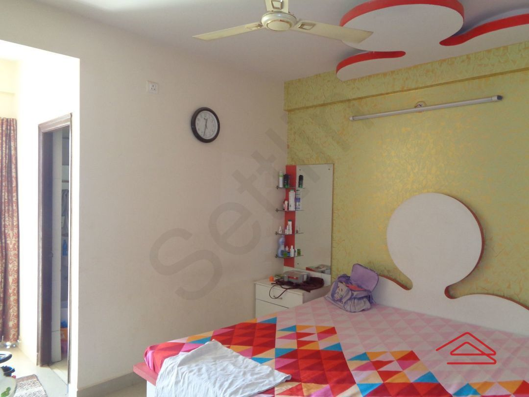 12DCU00220: Bedroom 1
