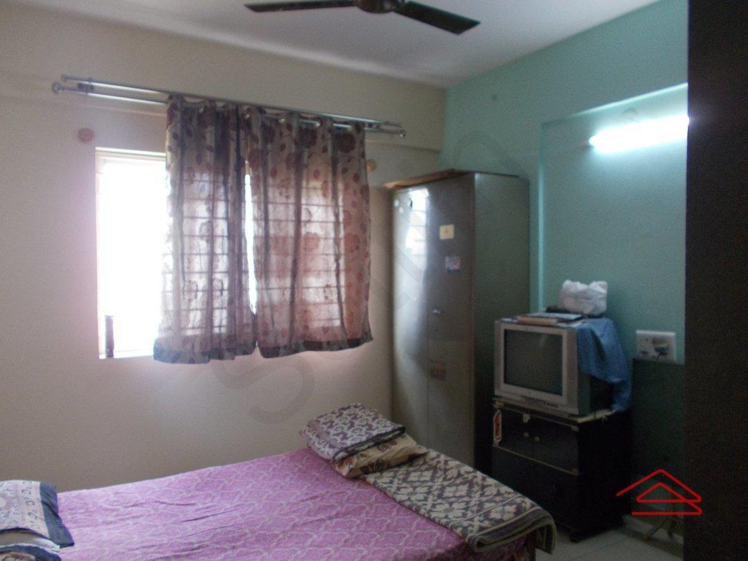 14A4U00540: Bedroom 1