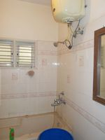 12J6U00209: Bathroom 1