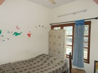 12J6U00209: Bedroom 2