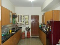 12J6U00209: Kitchen 1
