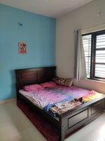 15A4U00145: bedrooms 1