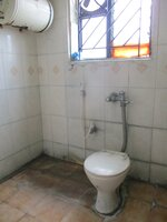 14A4U00744: Bathroom 2