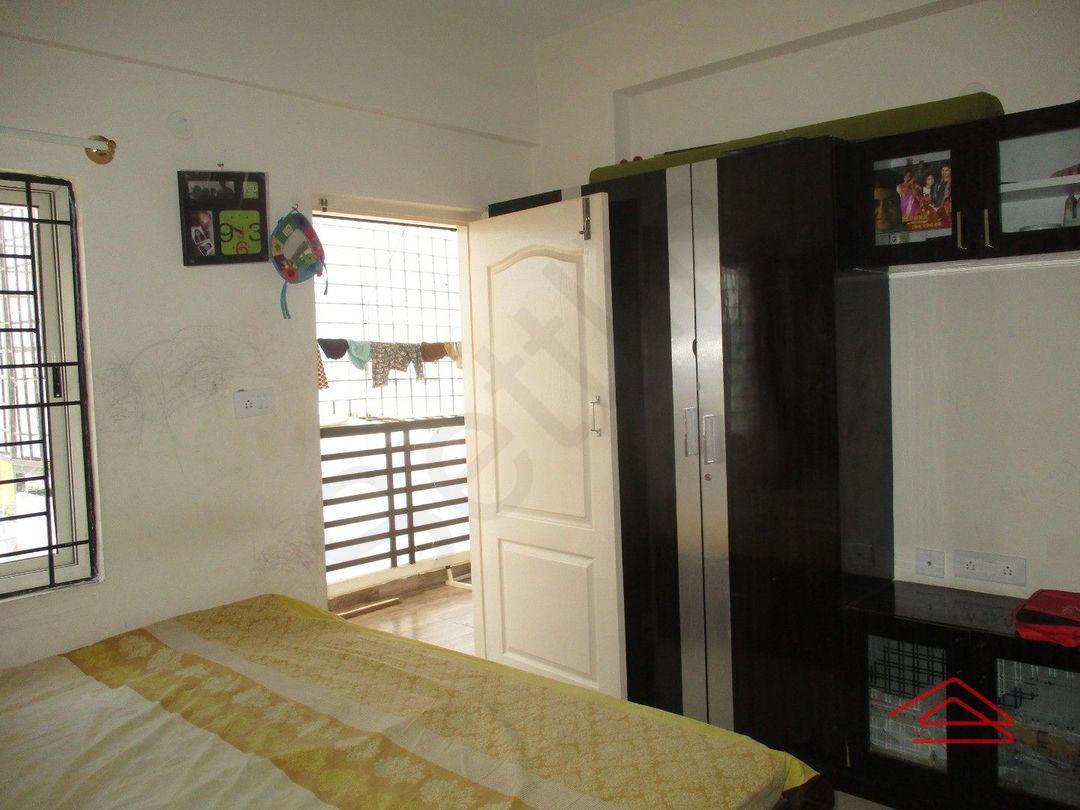 13J6U00243: Bedroom 1