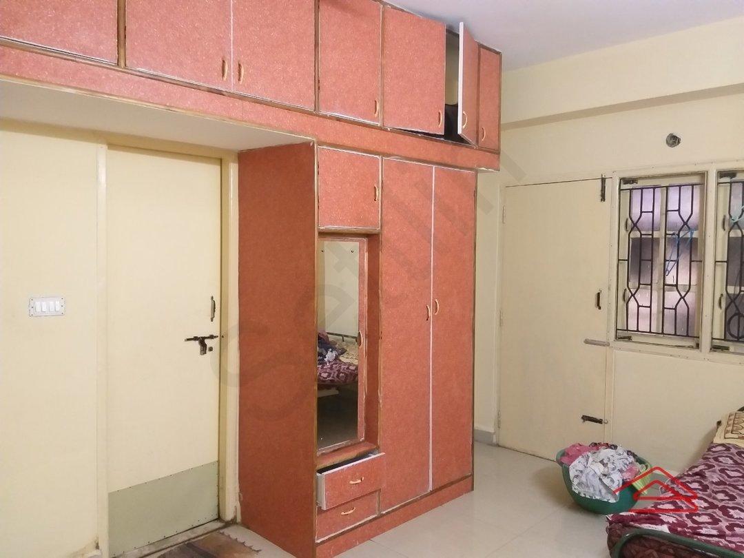 13S9U00296: Bedroom 1