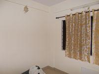 12J7U00369: Bedroom 2