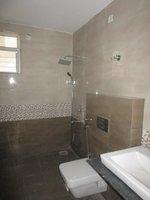 13DCU00072: Bathroom 4